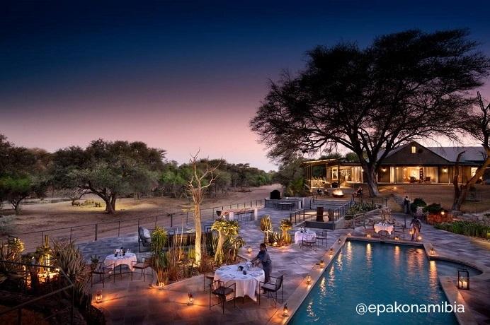 Epako Safari Lodge Outdoor Dinner